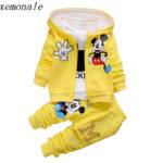 Stylová tepláková souprava s Mickey Mouse – 3-dílná
