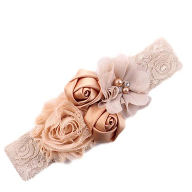 Dětská krajková čelenka s růžemi