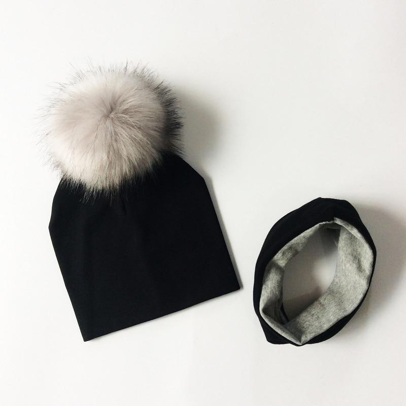 Sada zimní kulich s šátkem – Černá
