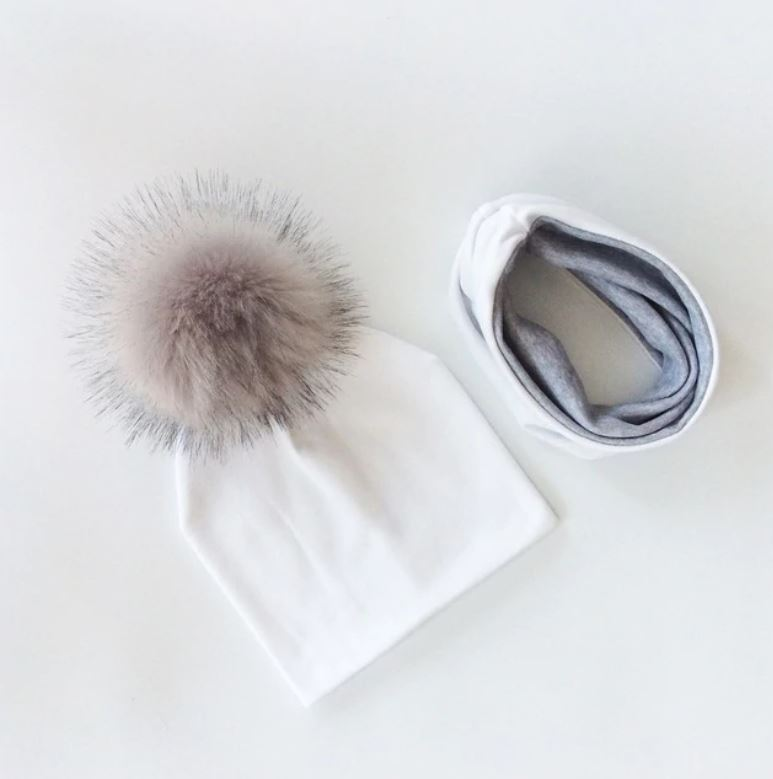 Sada zimní kulich s šátkem – Bílá