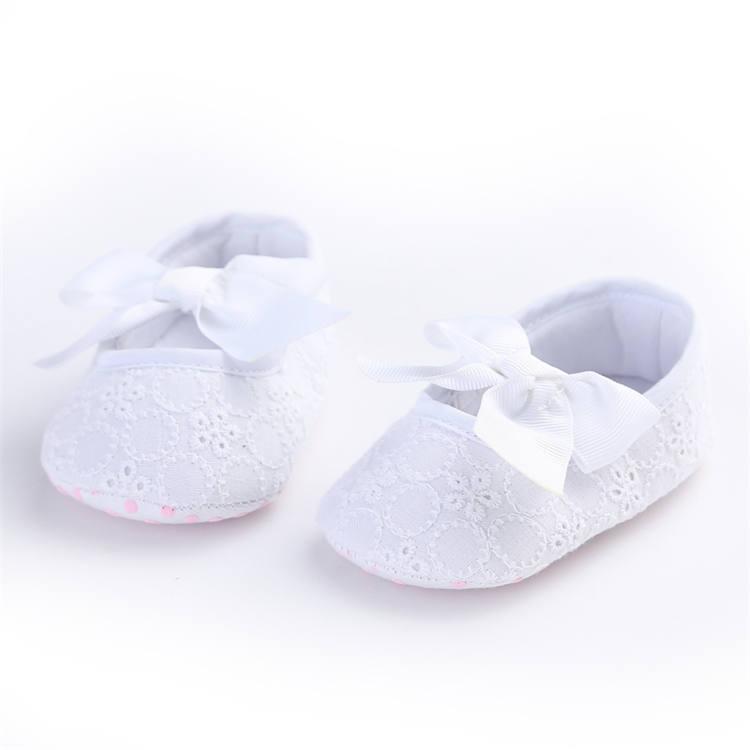 Plátěné balerínky s mašlí – bílé